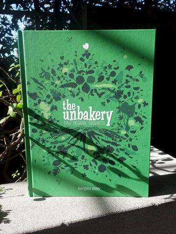 The Unbakery by Megan May - creative raw, organic cuisine.