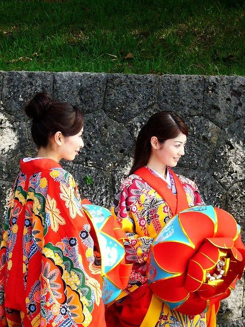 """Okinawa Traditional Costume, known as """"Ryuso"""" is actually called """"Ushinchi"""""""