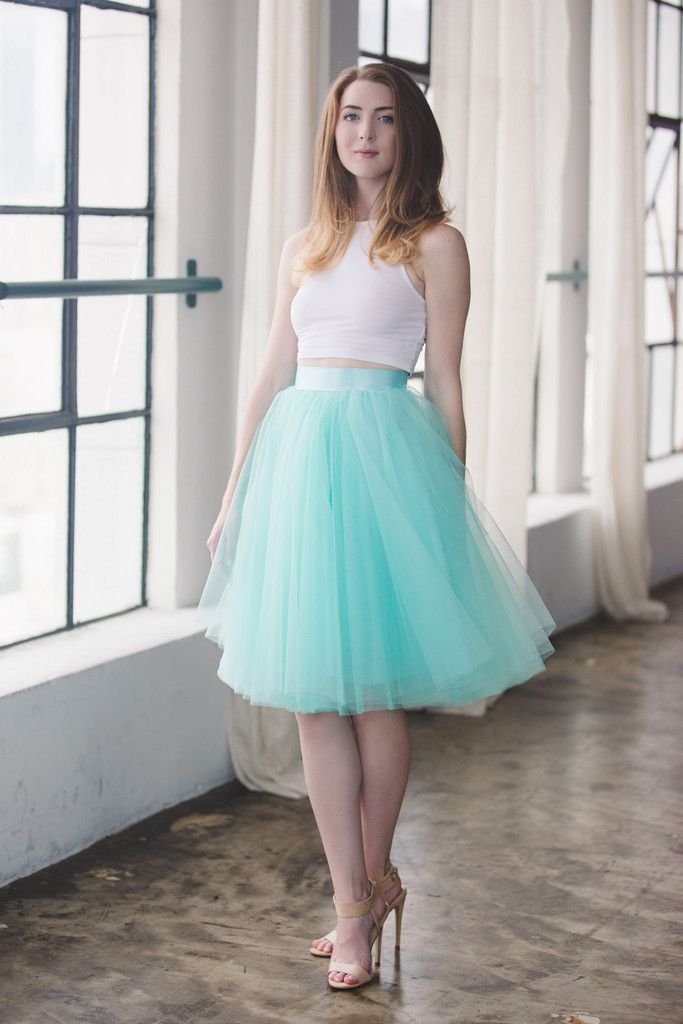 This skirt features 4 layers of tulle, fully lined with a ...