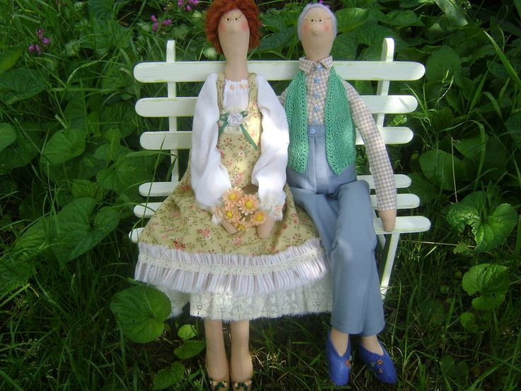 семайная пара кукол