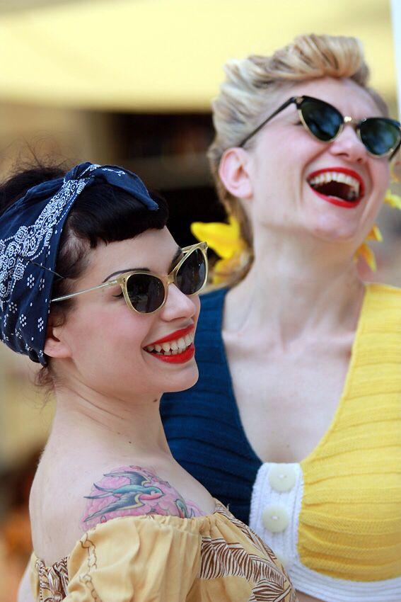 Girls. Summer Jamboree festival 2011. Senigallia, Ancona, Italia.