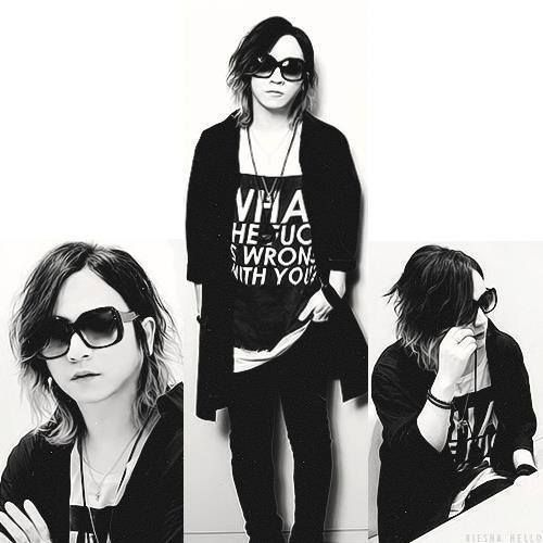 Takanori/Ruki Matsumoto, the GazettE. I love his hair here. And I love his shirt! >ω< ♡♥