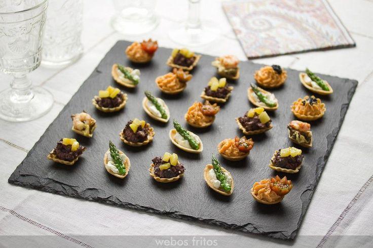 Petit fours salados desde webosfritos.es Mañana haré algunos fijo.