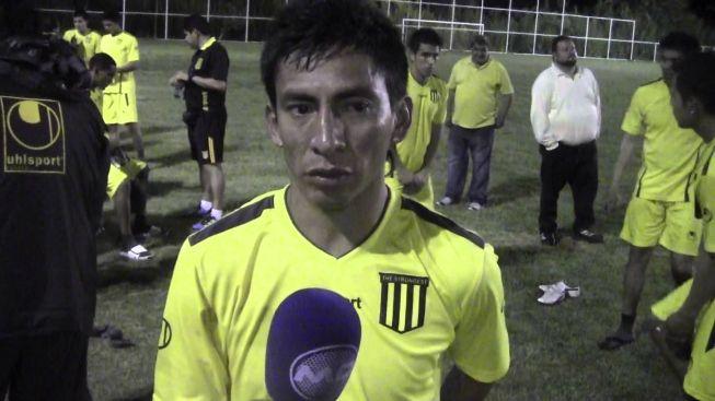 hhttp://hojeemdia.com.br/esportes/contra-sport-boys-atl%C3%A9tico-reencontrar%C3%A1-lateral-que-reverenciou-r10-na-libertadores-de-2013-1.456545  Contra Sport Boys Atlético reencontrará lateral que reverenciou R10 na Libertadores de 2013