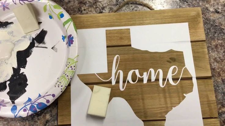 How to paint wood sign using vinyl stencil