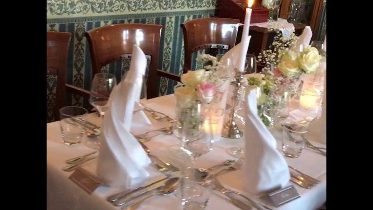 Auch für eine kleine Hochzeitsfeier bietet wir unseren Brautpaaren eine traumhafte Kulisse. Heute sagten Tanja & Björn JA zueinander❤️ und feierten mit ihren Gäste am Abend in unserem Restaurant. Das Traumwetter von 25 grad und Sonnenschein hatten wir auch gebucht😊um zum Kaffee bei uns entspannt im Garten zu sitzen. #schlosswulkow#schlosswulkow👌#Herz #liebe #Parkhotel #ehe #Geburtstag #Trauung