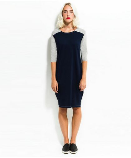 A pull over shift dress, a deliciously comfortable modest dress. Omika ships worldwide from Perth Australia.