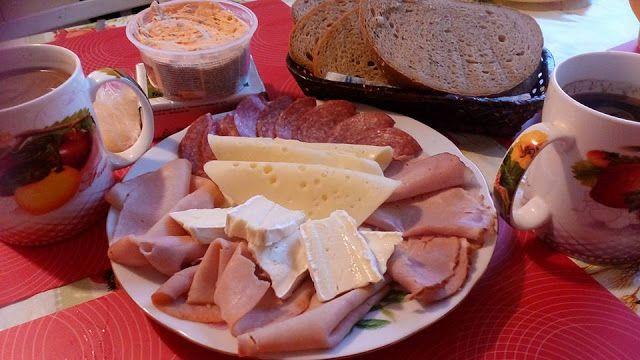 MĚSTO PRAHA: Naše snídaně do postele...Snídaně po Česku s malov...