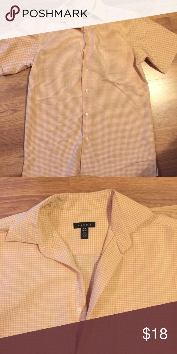 Men's Short Sleeve Dress shirt Men's short sleeve dress shirt perfect for Spring! Light orange/peach color. EUC. Very soft. Offers welcome 😊 Van Heusen Shirts Dress Shirts