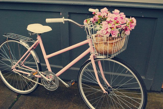 Vintage pink bicycle. LOVE