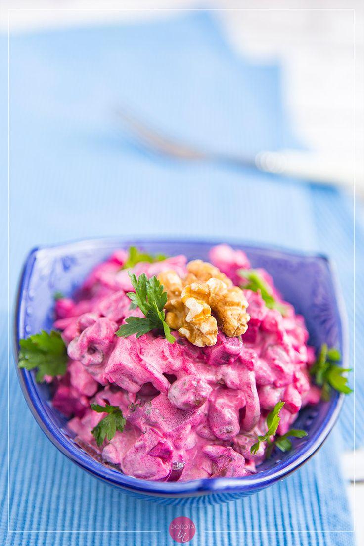 Sałatka z buraków z majonezem, dzięki takiej mieszance ma ten piękny, purpurowy kolor <3. #przepis #sałatka #buraki #kuchnia #gotowanie
