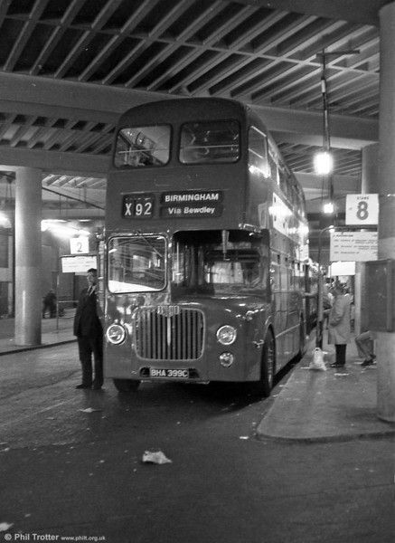 D9 5399 (BHA 399C) is seen at Birmingham Bull Ring Bus station.