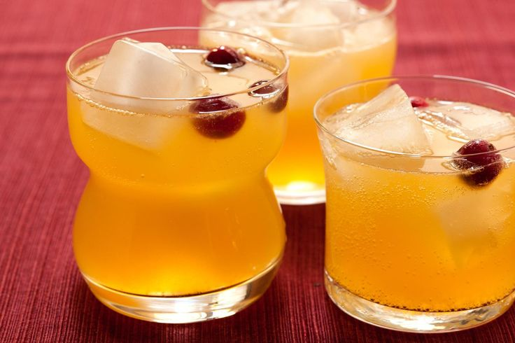 A nonalcoholic drink recipe for fall with orange juice, ginger beer, and sparkling apple cider.