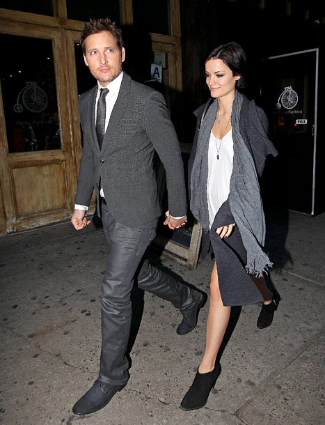 Google Image Result for http://www.usmagazine.com/uploads/assets/articles/57805-first-picture-peter-facinelli-new-girlfriend-jaimie-alexander-hold-hands/1353344509_peter-facinelli-jaimie-alexander-article.jpg