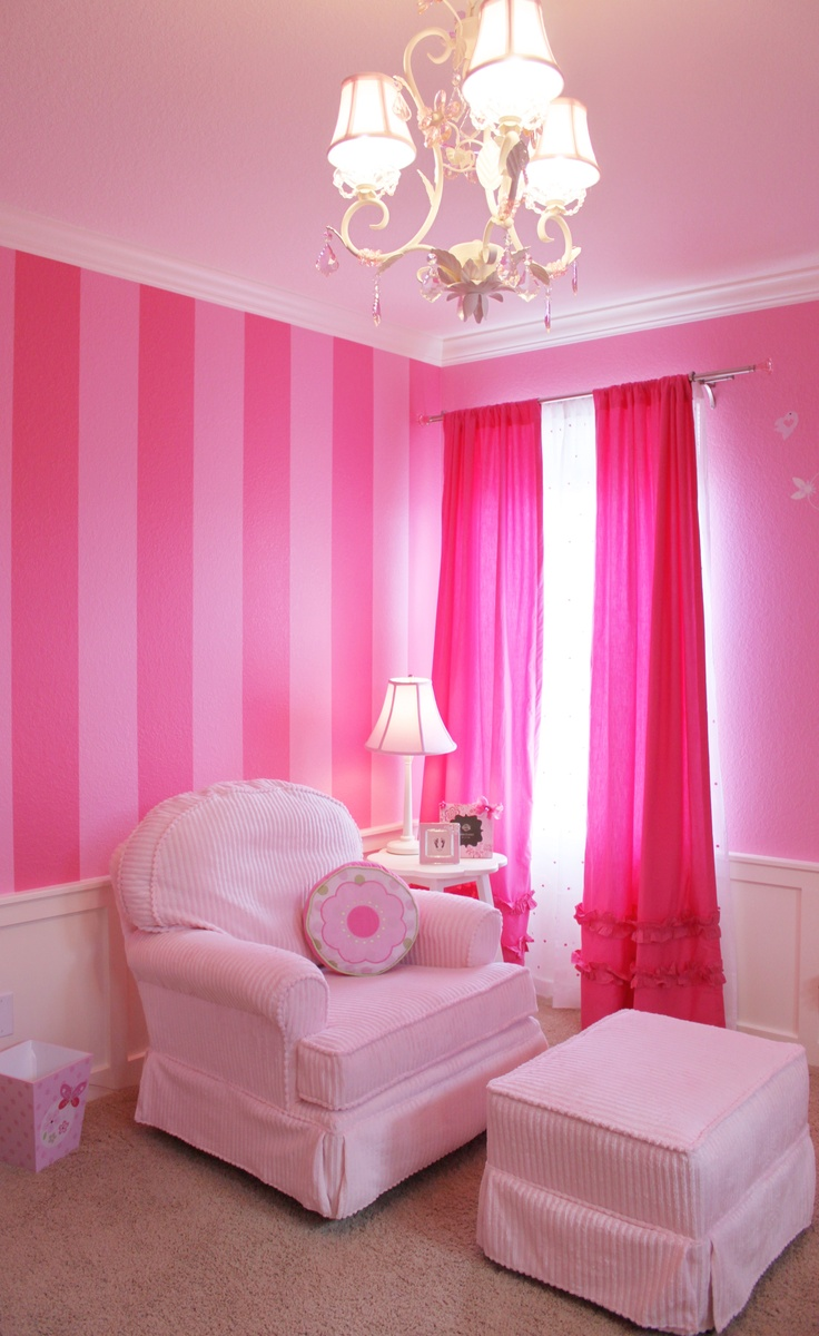 I want victoria 39 s secret striped walls in my dressing room for Baby girl bedroom decoration