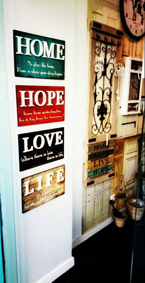 Διακοσμήστε τον τοίχο σας με νέα καδράκια απο το http://www.keepyourhousefresh.gr/home-accesories/kadrakia.html