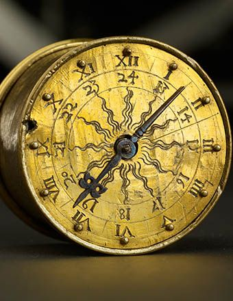 GERMANISCHES NATIONALMUSEUM   the oldest surviving pocket of the world with which one could accept the first time anywhere since 1510? Around the can-shaped pocket watch with the signature of the Nuremberg precision mechanic Peter Henlein has been raging for decades a dispute over authenticity and forgery - and to the glory of the technical pioneering achievement. Other watches make the Henlein clock the rank dispute