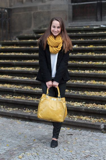 Hey there, MUSTARD! (by Lucy E) http://lookbook.nu/look/4286029-Hey-there-MUSTARD