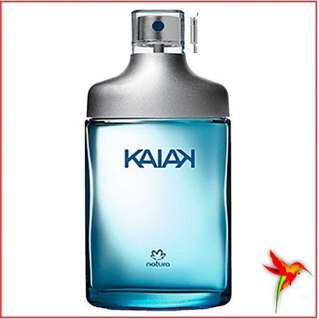 Kaiak Desodorante Colonia Masculino. Ao movimentar o corpo, o homem manifesta as emoções e acorda os sentidos. A fragrância clássica de Kaiak traz o frescor vibrante das ervas e bergamota. Embalagem com cartucho que gera 55% a menos de impacto ambiental.