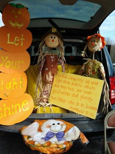 73 best Holidays Galore images on Pinterest Easter ideas, Easter - halloween trunk or treat ideas