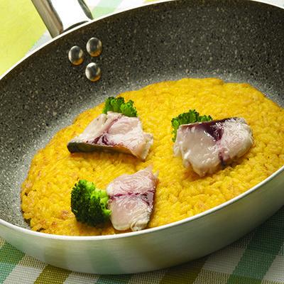 Tortino di riso al salto con Grana Padano, broccoletti e sgombro