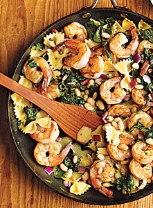 Try a New Pasta Salad this Memorial Day and try this Warm Pasta Salad with Shrimp!!!