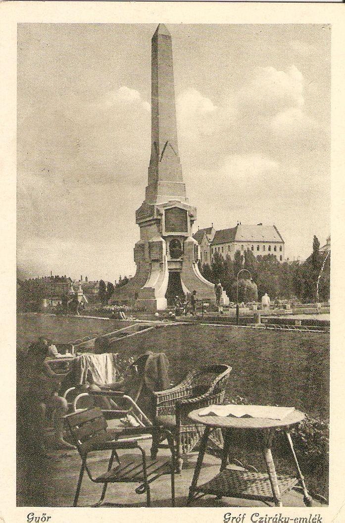 A Cziráky-emlékmű - Régi Győr