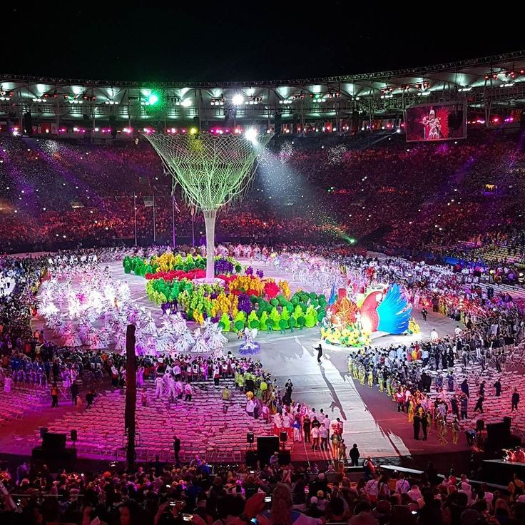 Amazing!!!!! . . . .  #rio2016 #olympics #olimpiadas2016 #rio #riodejaneiro #olimpiadas #brasil #olympics2016 #brazil #olympicgames @azulinhasaereas #azul #voeazul #blogueirorbbv #azulmagazine #MTur #ViajePeloBrasil #DicasdeDestino #PartiuBrasil #decolar #travel #LoveTravel #TravelLove #viagem #ComerDormirViajar #wes2travel