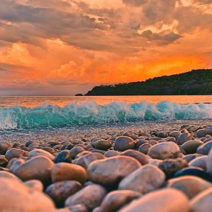 Good evening from #Oludeniz #Belcekiz beach, #Fethiye, #Turkey (photo by…