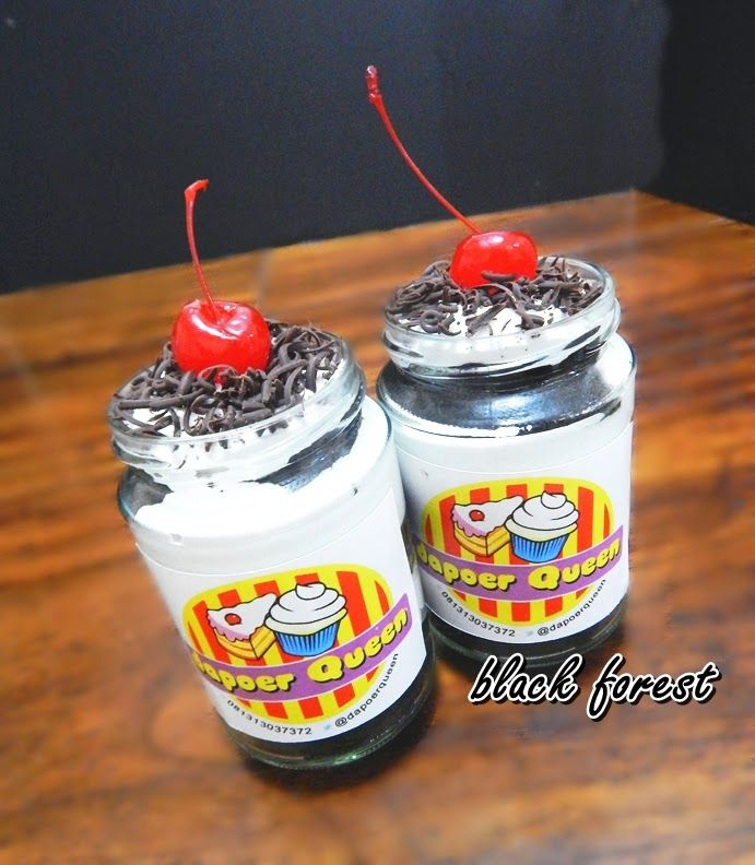 Dapoer Queen: Black Forest in Jar