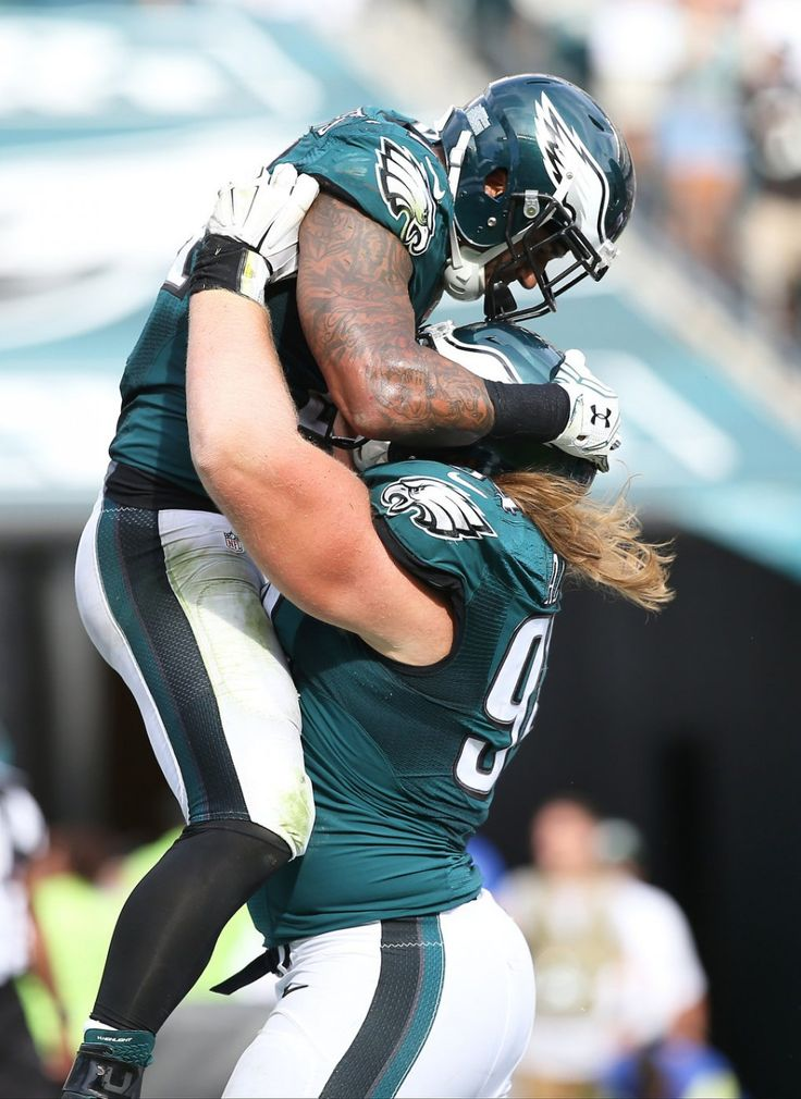 Eagles DT Beau Allen (94) lifts Eagles RB Ryan Mathews (24) in celebration of the touchdown during the fourth quarter of the game against the Cleveland Browns at Lincoln Financial Field in Philadelphia, Sunday, Sept. 11, 2016. (Lori M. Nichols | For NJ.com)