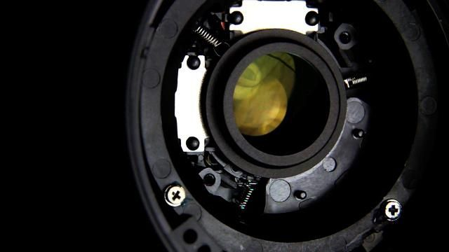 Image Stabilization Revealed by Camera Technica. Video showing how image stabilization technology works on a Canon 18-55 lens.  Read the full story here: http://www.cameratechnica.com/is