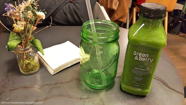 Zumo Kryptonyte de Green & Berry Barcelona. Una delicia muy sana.