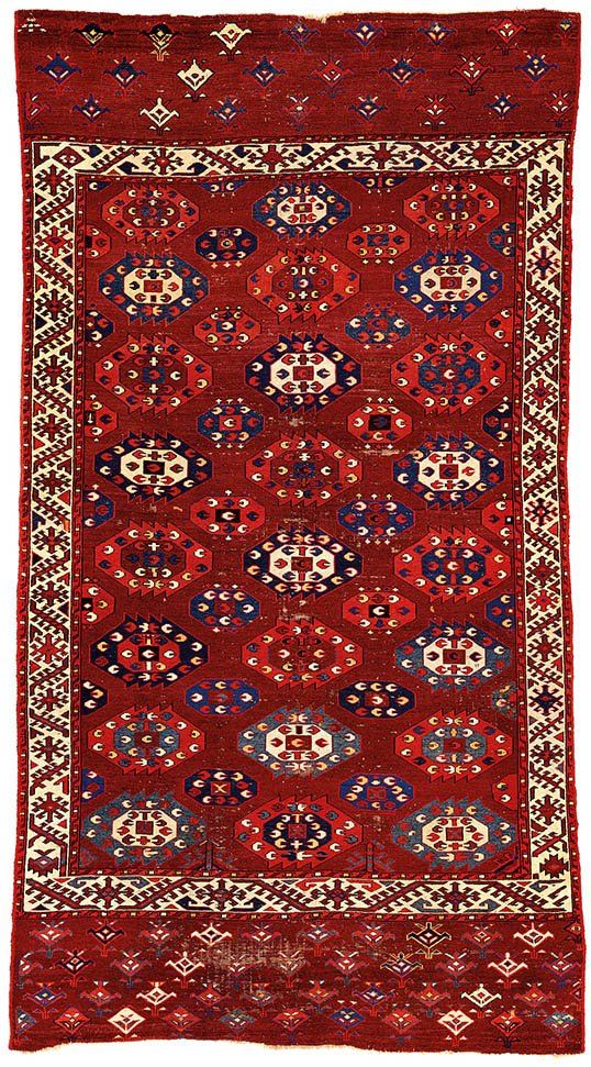 Yomut Main Carpet Turkmenistan circa 1800 8ft. 10in. x 4ft. 8in. 269 x 142 cm