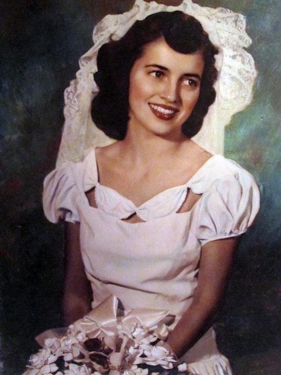 Lovely 1940's wedding dress