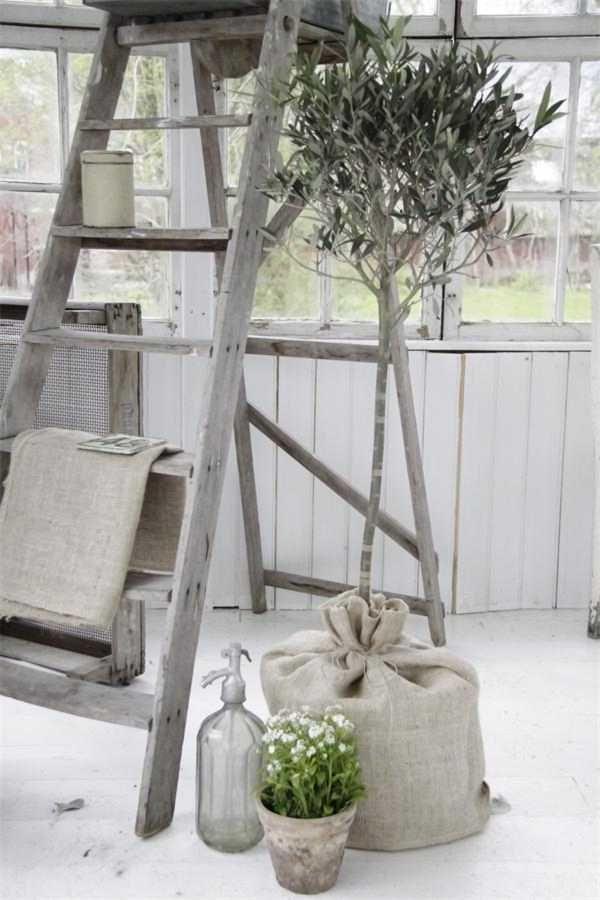 Flower Tree Grain Sack Ladder Shelvings Living Room