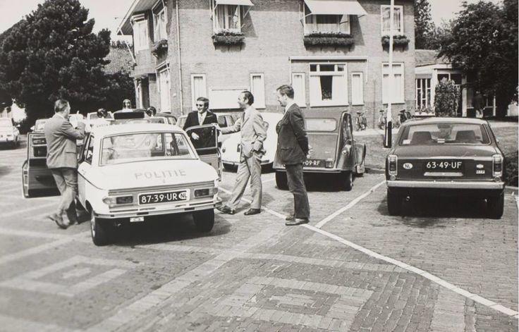 Voor het voormalige stadhuis 1972
