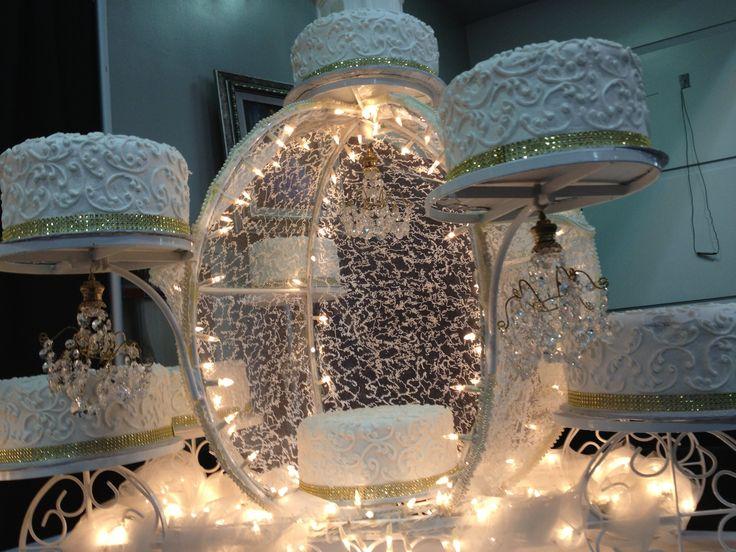 Cinderella-like Cakes   #quinceanera #xvexpo