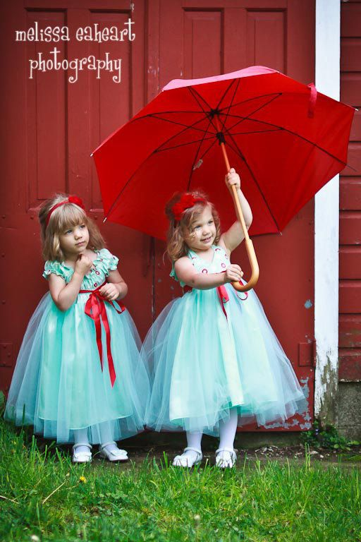 Toooo cute!Aqua Wedding, Flower Girls Dresses, Umbrellas, Girls Generation, Tiffany Blue, Wedding Colors, Red Umbrella, Flower Girl Dresses, Blue Wedding