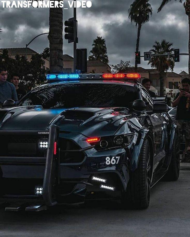 "Polubienia: 303, komentarze: 4 – Transformers_Video (@transformers_video) na Instagramie: ""Barricade 🔥🔥 . . . . . #transformers #transformers3 #transformers4 #ageofextinction #darkofthemoon…"""