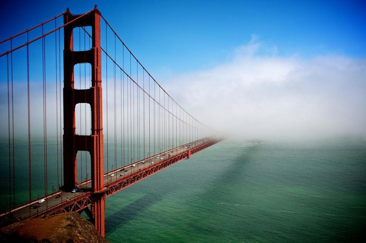 "20 Amazing Photos Around the World.....""That's what I call a cloudy day in San Francisco"""
