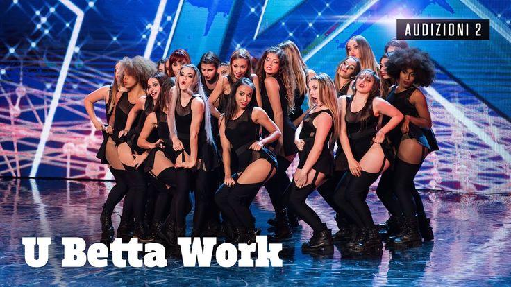 Ad Italia's Got Talent le U Betta Work ci presentano il vogueing, stile di danza che si ispira alle pose sfoggiate dalle modelle sulle passerelle. Il loro numero sul palco è una vera e propria bomba, tanto coinvolgente da spingere i nostri Claudio Bisio e Frank Matano a muoversi dal tavolo dei giudici per unirsi alla crew e ballare con loro… anche ad esibizione finita! En plein di sì per le ragazz   #Buzz #Buzzer #Claudio Bisio #Crew dance #Frank Matano #got talent #IGT