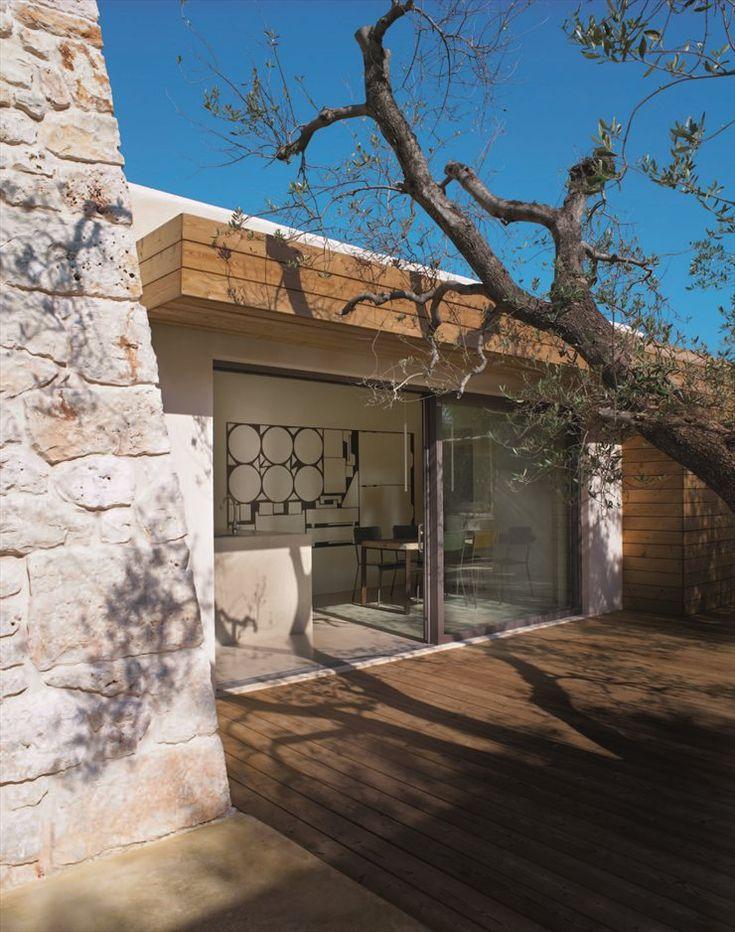 Ristrutturazione e ampliamento di un trullo saraceno, Ostuni, 2011 by Luca Zanaroli #Italy #architecture #stone #house #apulia