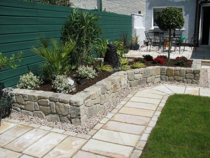 Außergewöhnlich Gartenideen Gartengestaltung Gartenweg Stein Pflanzenbeete Gartenzaun