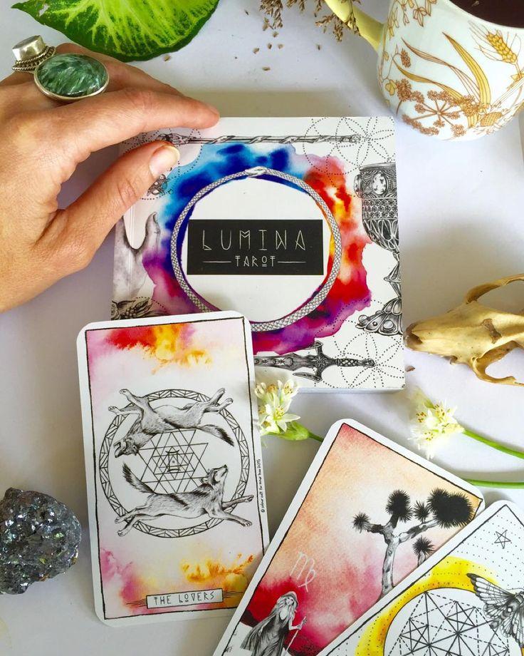Lumina Tarot inner hue