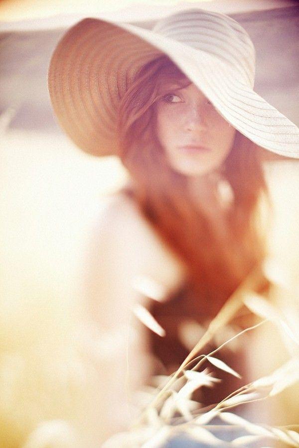 !Summer Hats, Photos Ideas, Girls Photography, Soft Lights, Senior Pics, Portraits, Floppy Hats, Taylors, Sun Hats