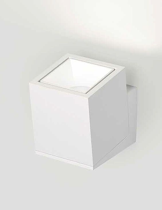 square wall mounted led luminaire by delta light. Black Bedroom Furniture Sets. Home Design Ideas