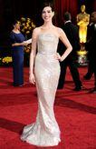 Вошли в историю: 50 лучших платьев церемонии «Оскар»