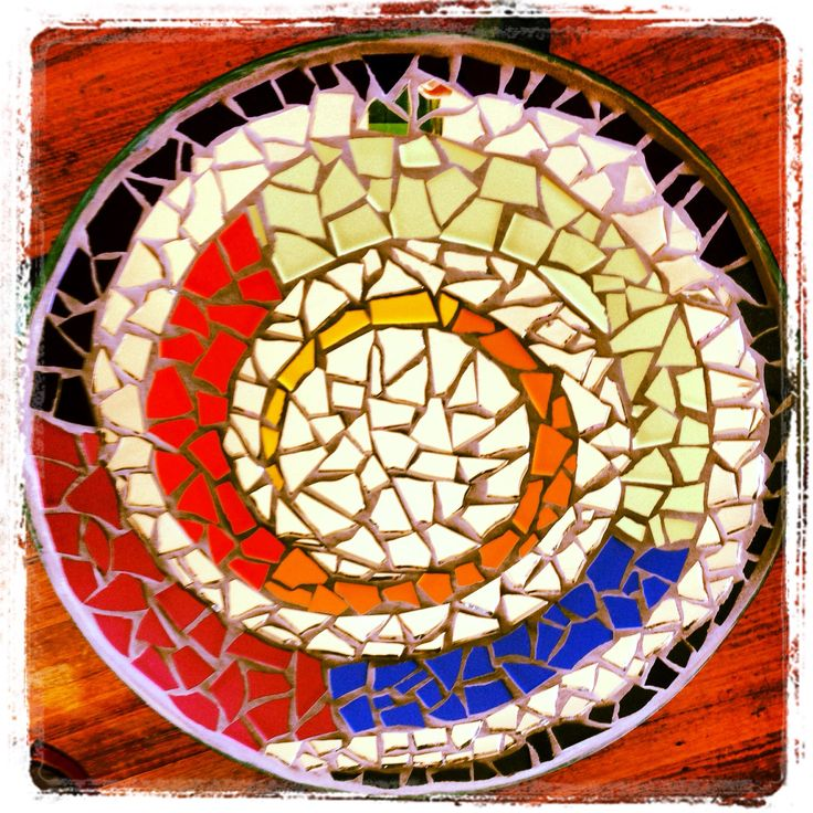 Mosaic outdoor coffee table by me!