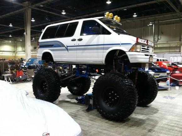 "Ford Aerostar van with 54"" Baja Claw TTC tyres... NICE!"